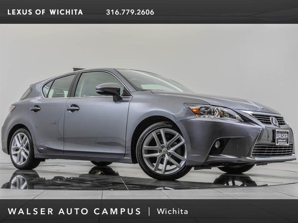 Pre-Owned 2017 Lexus CT 200h Navigation, Premium Package
