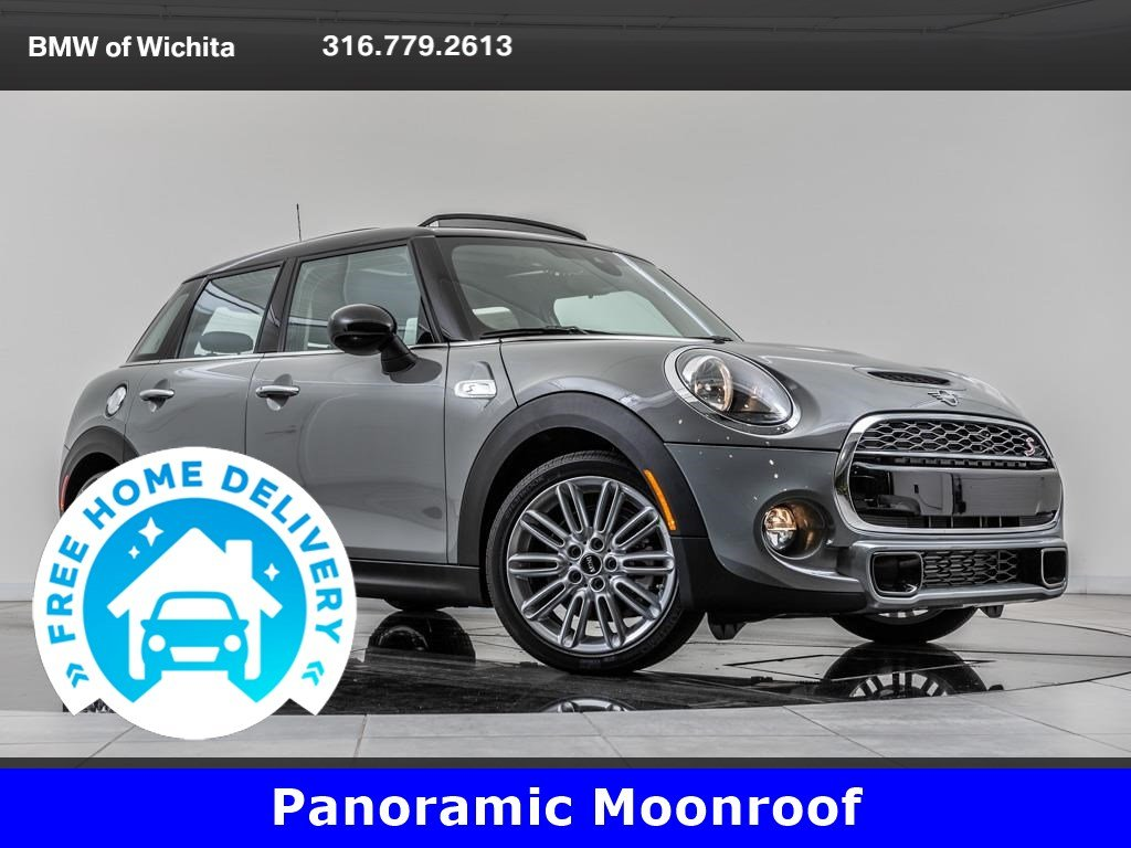 Pre-Owned 2019 MINI Cooper S Hardtop Signature Trim Package