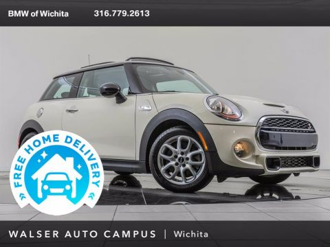 Pre-Owned 2016 MINI Cooper Hardtop Cold Weather Package